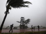 В Китае из-за тайфуна эвакуировали 300 тысяч человек