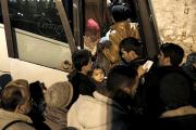 В Греции на границе с Македонией заблокировали 80 автобусов с мигрантами