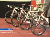 """Белорусским велогонщицам-трековичкам для участия в Олимпиаде-2012 вручили новые велосипеды """"Аист"""" стоимостью по $17 тыс."""