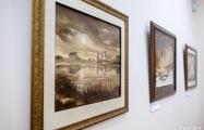В Минске открылась выставка картин из «черного золота»