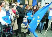 Совместный пикет у ГУМа:  Белорусы верят в победу  (Фото, видео)