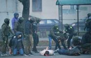 Лукашисты проводят зачистку на улице Орловская