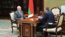 Лукашенко о господдержке: «Мы не можем всё время предприятия тащить на плечах»