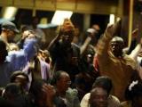 Обсуждение конституции Зимбабве завершилось дракой