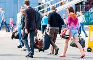 Эмиграция из России идет по плану