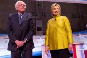Сандерс обошел Клинтон на кокусах в Канзасе и Небраске