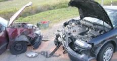 На трассе М2 при столкновении двух легковых машин погиб человек