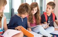 Как Латвия поддерживает детей, которые учатся на белорусском языке