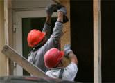 Барановичским строителям не платят зарплату