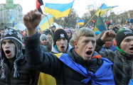 На Майдане начался митинг против «формулы Штайнмайера»