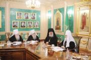 Священный Синод РПЦ объявил о созыве Архиерейского собора в 2013 году и учредил новые епархии