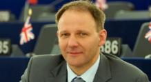 Европарламентарии требуют освободить политзаключенных