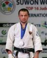 Алим Салимов потерпел поражение в первой схватке утешительного турнира