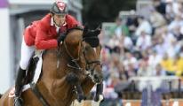 Швейцарский всадник Стив Гюрда стал олимпийским чемпионом в конкуре