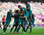 Футболисты сборной Мексики победили бразильцев и впервые стали олимпийскими чемпионами
