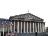 Сенат Франции утвердил скандальную пенсионную реформу