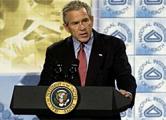 Джордж Буш написал письма белорусским политзаключенным