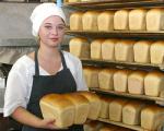 Минэкономики: Торговые надбавки на хлеб, мясо и яйца остаются