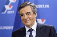 Фийона обсыпали мукой на встрече с избирателями в Страсбурге