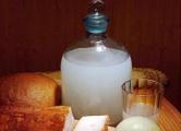 Гродненские милиционеры за неделю уничтожили более 10 тысяч литров браги