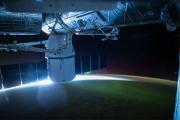 СМИ сообщили о подготовке маневра уклонения МКС от космического мусора