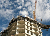 Строительство жилья упало на 15%