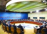 Генсек НАТО: Войска России остаются у границ Украины