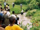 В Конго 12 человек утонули в реке во время крещения