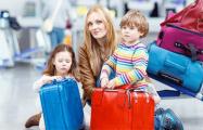 Достаточно не платить за коммуналку: за что не выпускают за границу в Беларуси