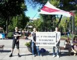 В Гааге пикетировали белорусское посольство (Фото)