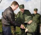 Липкович подарил Лукашенкоплюшевого медведя