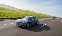 Новый спорткар от Audi проехал 900 км без водителя