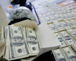 Ермакова обещает белорусам доллары к началу недели