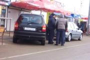 «Автомобильный Робин Гуд» из-под Гродно раздавал похищенные эмблемы детям