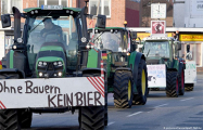 В немецкие города вернулись тракторные марши протеста