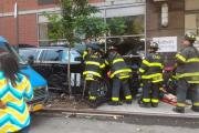 В Нью-Йорке автомобиль наехал на пешеходов