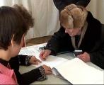 В досрочном голосовании за четыре дня приняли участие 19,6% избирателей Беларуси - ЦИК