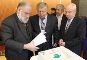 Избирательные комиссии в Беларуси работают старательнее российских коллег - наблюдатель из России