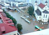 Продавец: «До десяти утра магазин не работал - воду вычерпывали»