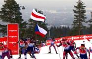 Фотофакт: Белорусские биатлонистки финишировали под бело-красно-белым флагом