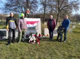 Дзяды в Бресте: активисты убрали могилы солдат Булак-Балаховича