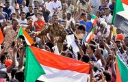 В Судане отменили комендантский час