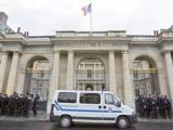 Во Франции запретили отключать от интернета за незаконное скачивание