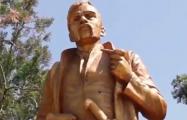 В Украине памятник Ленину переделали в памятник уроженцу Беларуси
