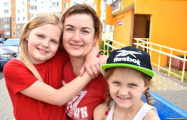 Светлана Алексиевич помогла многодетной семье, которую хотели поставить на учет