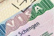 Евродепутаты призвали максимально удешевить стоимость виз для белорусов