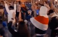 Микрорайон Лебяжий сегодня танцует