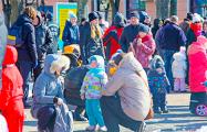 Сотни брестчан вышли на протест против аккумуляторного завода