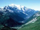 В Альпах разбилась альпинистка из России