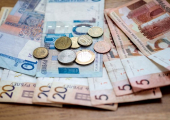 Белорусский рубль начал год с падения